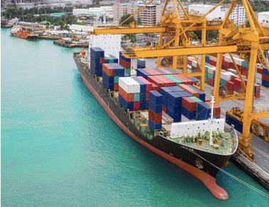 How Will Ocean and Air Market Conditions Affect Your Shipping Decisions