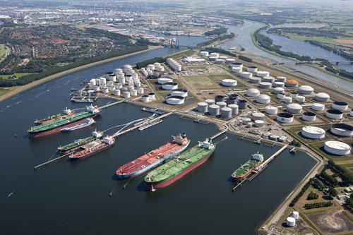 وظیفه حملو نقلهای رخ داده برای فرایند صادرات کالا بر عهده پایانه صادراتی به عنوان یک هاب لجستیکی است.
