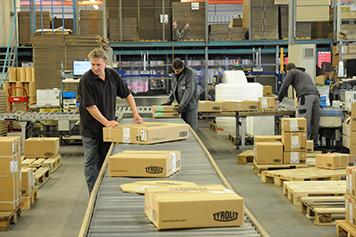 مدیریت صحیح جریان مواد به مدیریت صحیح لجستیک درون کارخانه ای کمک شایانی می کند.