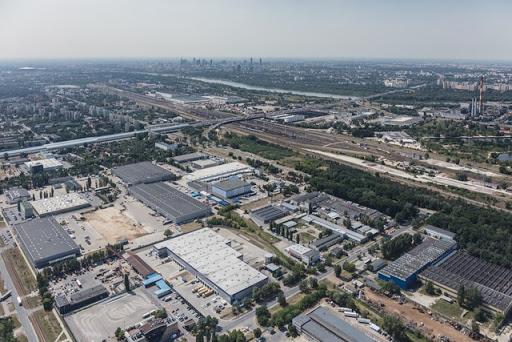 مناطق آزاد مکان مناسبی برای احداث شهر لجستیکی است.