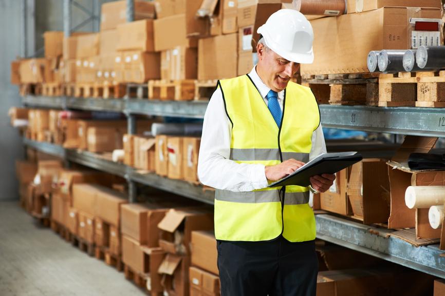 دریافت و بازرسی موجودی اولین مرحله مدیریت انبار است.