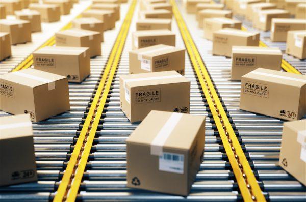 با توجه به فاکتورهای بسته بندی در اصول انبارداری، بهینه ترین بسته بندی را انتخاب می کنیم.